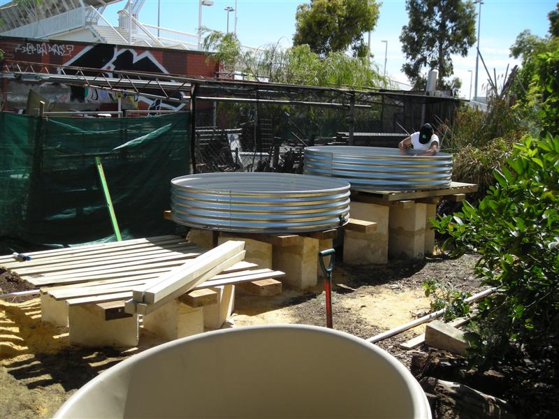 backyard aquaponics system via backyard aquaponics magazine